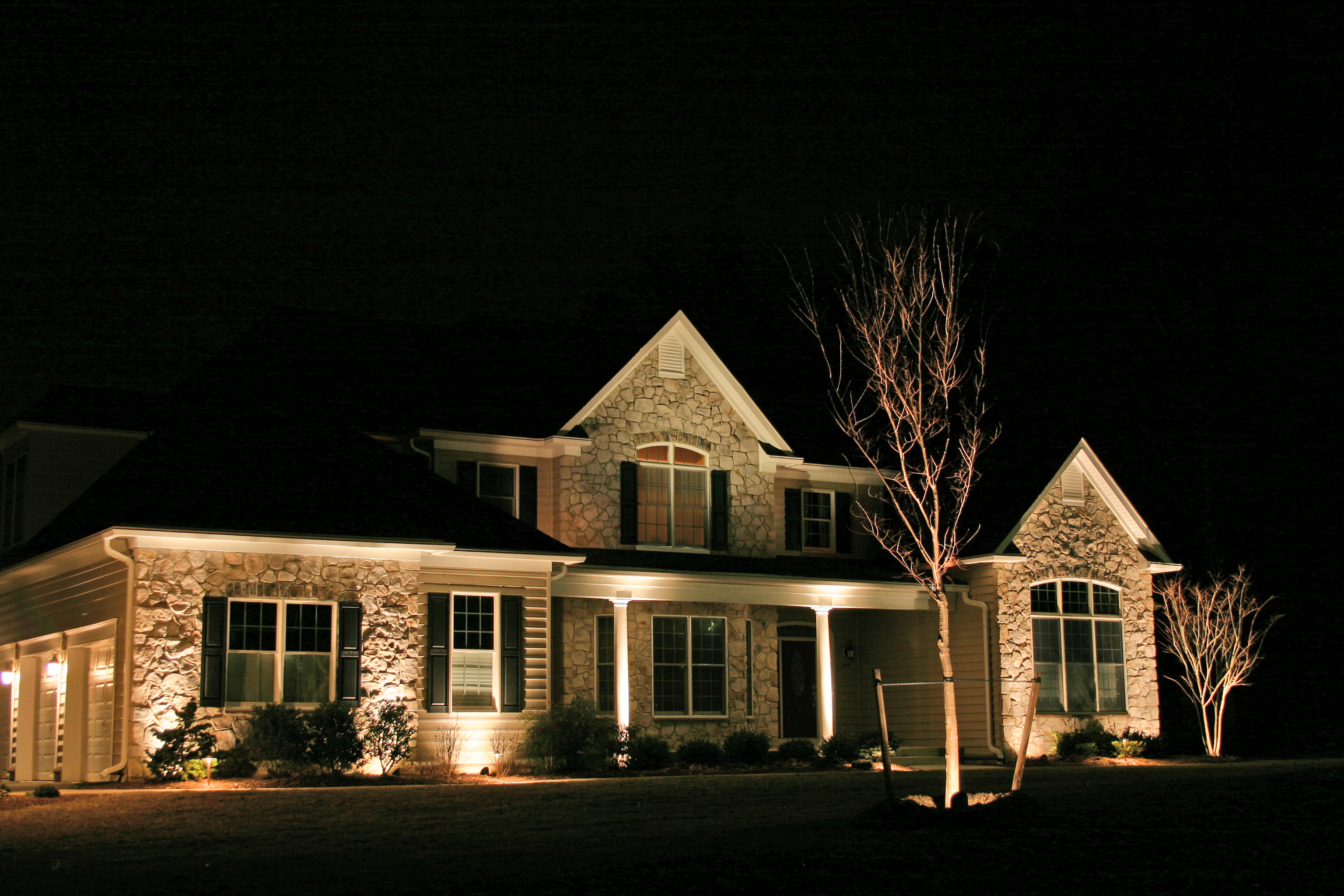 separate your home from the others outdoor lighting in chattanooga