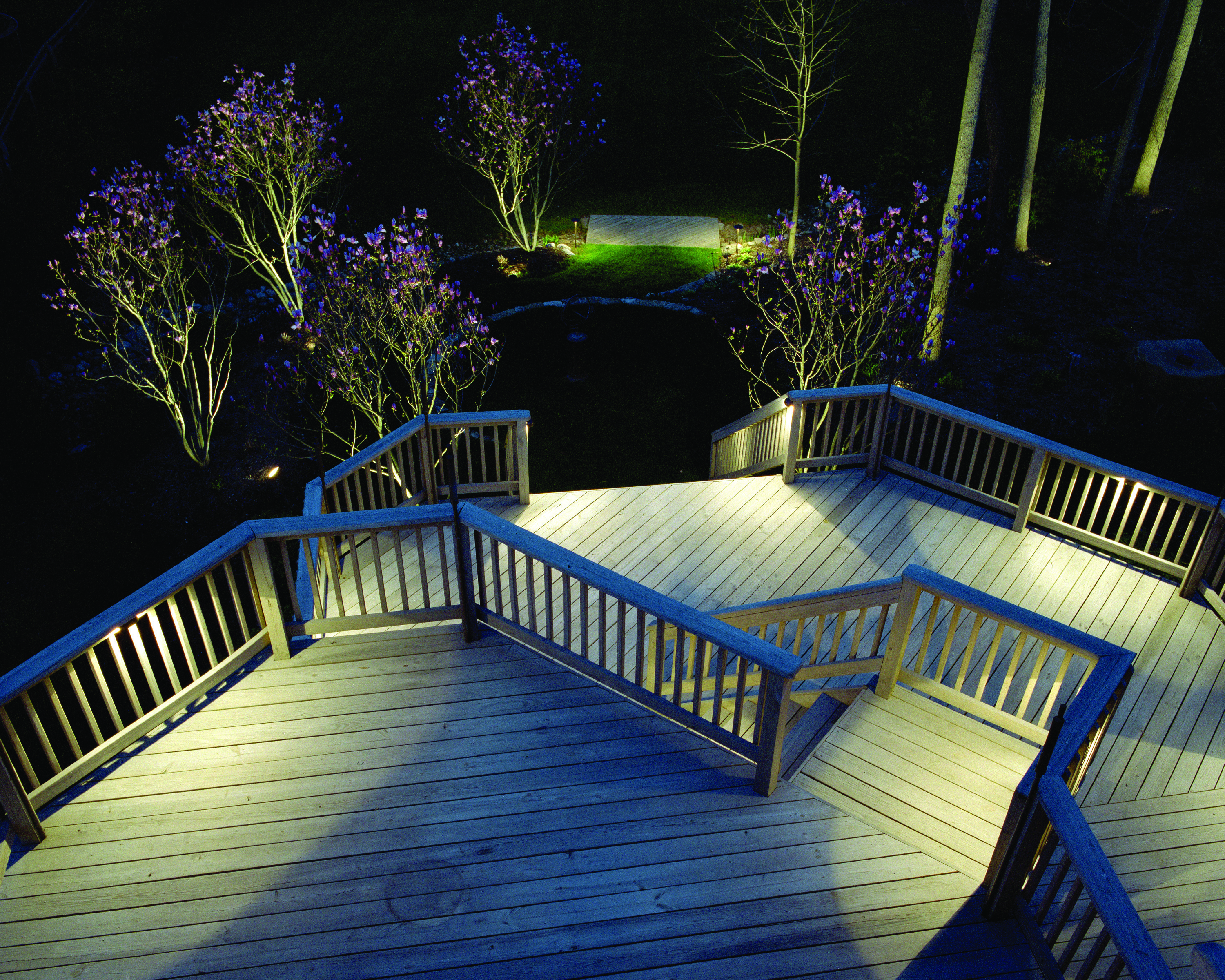 Ideas for a dark deck outdoor lighting in chattanooga for Landscape deck lighting