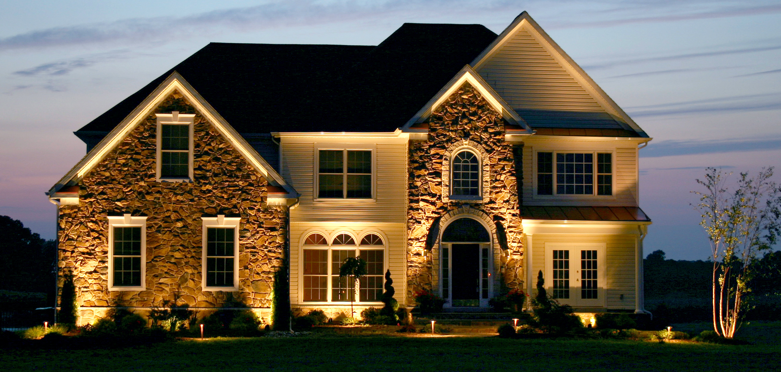 Tips for staging your home | Outdoor Lighting in Chattanooga